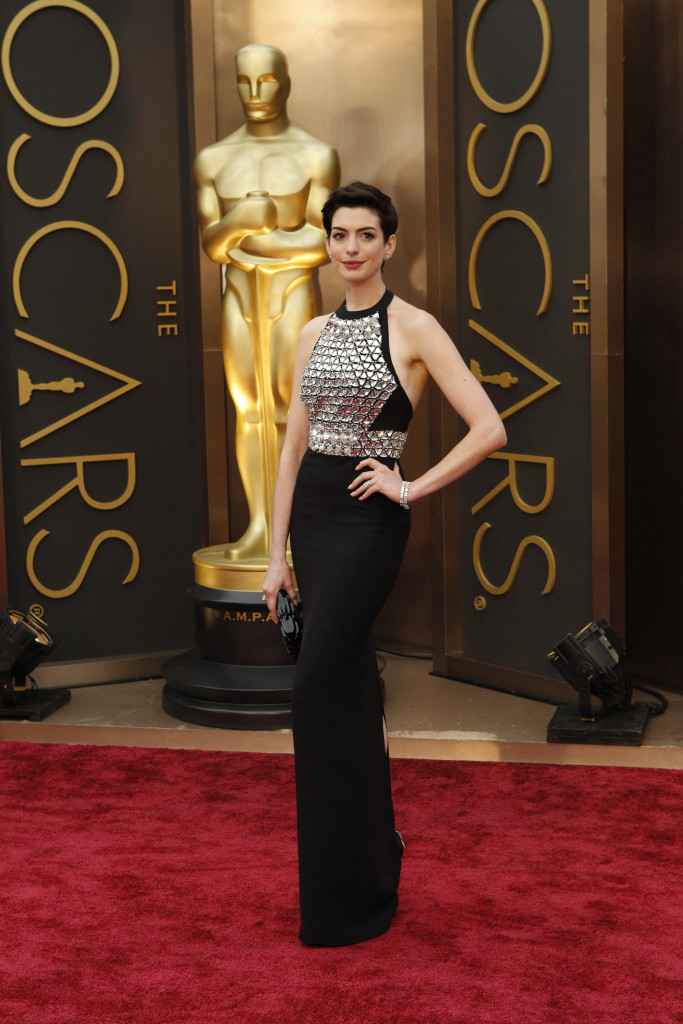 Anne Hathaway 2014: Oscars Red Carpet Highlights | Academy