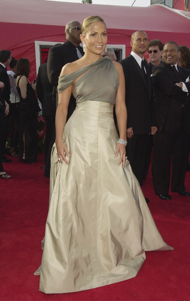 Jennifer Lopez 2001: Oscars Red Carpet Fashion Through the Years ...