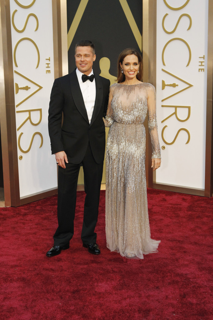 brad pitt and angelina jolie romance on the red carpet
