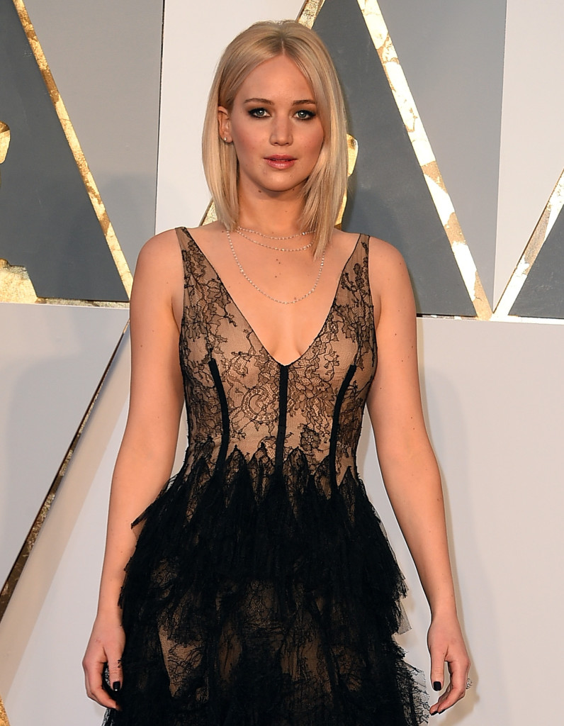 Jennifer Lawrence 2016 Oscars Red Carpet Fashion Through The Years Oscars 2017 Photos 89th