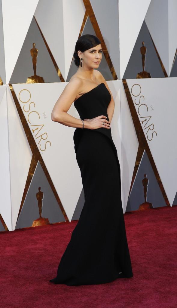 Sarah Silverman Oscars Red Carpet Arrivals Oscars Best Dressed