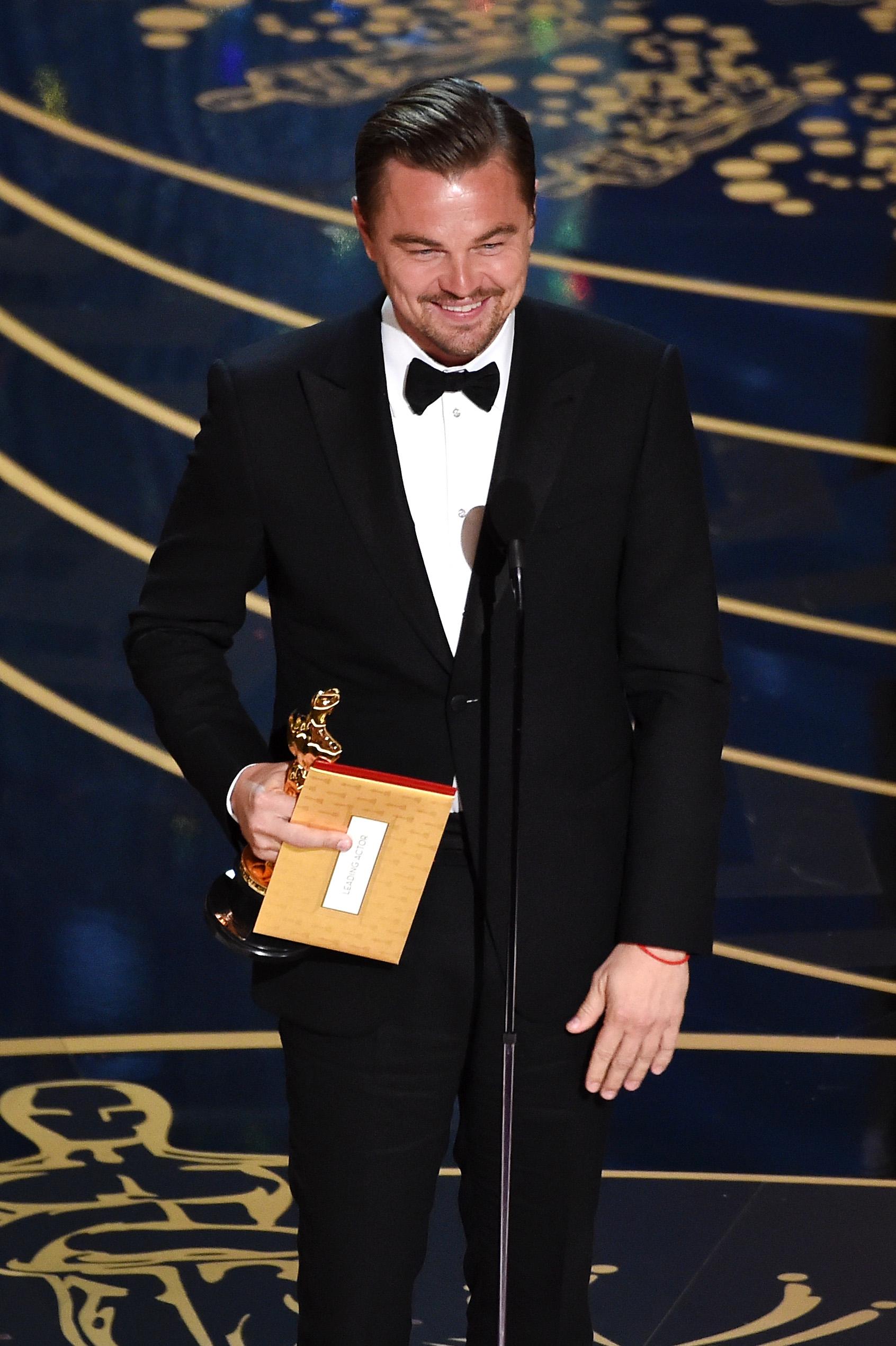 Leonardo DiCaprio is the 2016 Oscar Winner for Best Actor - Oscars