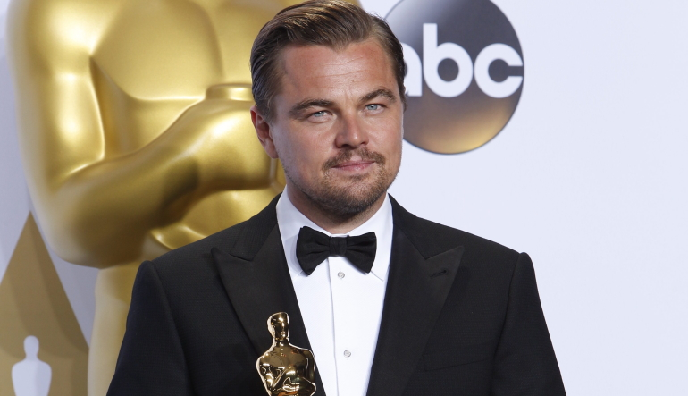 Leonardo DiCaprio Wins His First Oscar for Best Actor - Oscars 2016