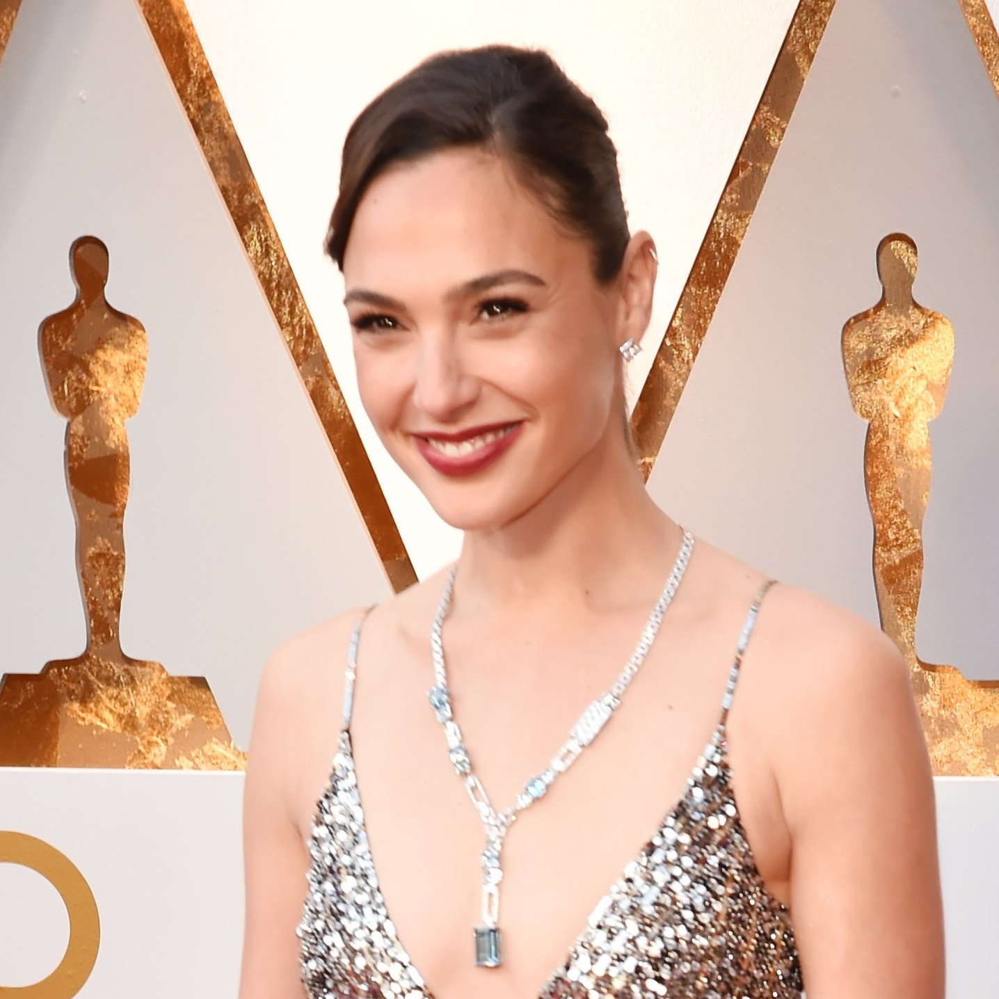 Gal Gadot, 2018 Oscars, Red Carpet Fashions