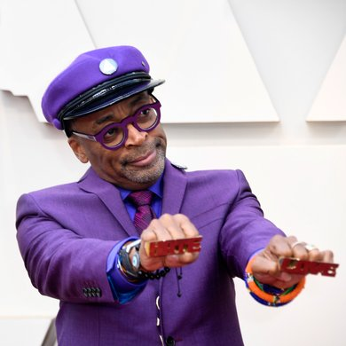 Spike Lee Pays Tribute to Prince on the Oscars Red Carpet 2019