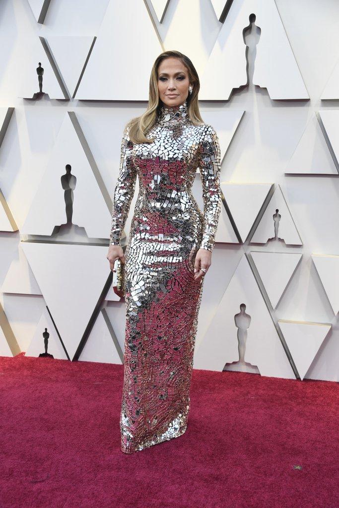 32afac1af82c Jennifer Lopez Oscar 2019 Red Carpet Dress  Oscars Red Carpet ...
